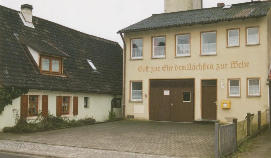Feuerwehrhaus 2001